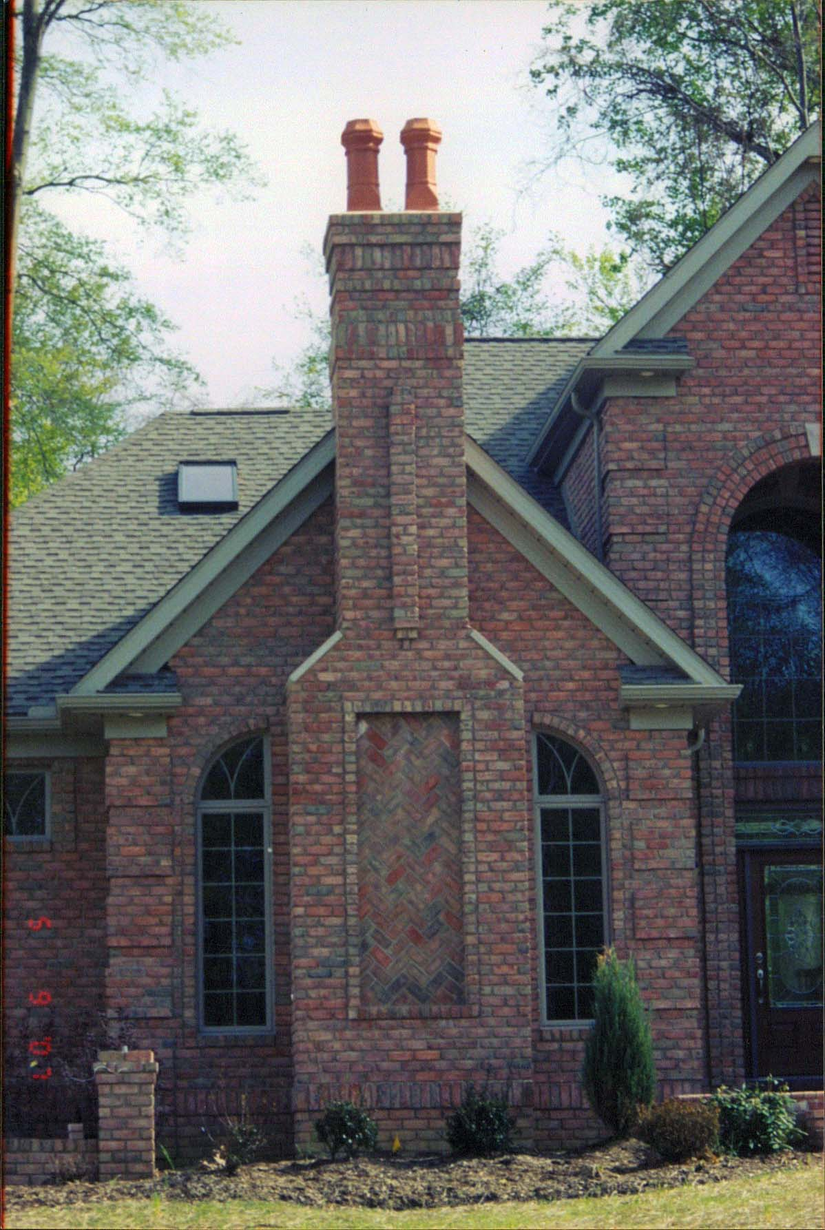 Chimney with herring bone pattern danish brick yoder for Exterior brick design patterns